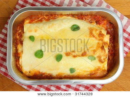 Beef cannelloni ready meal in foil container
