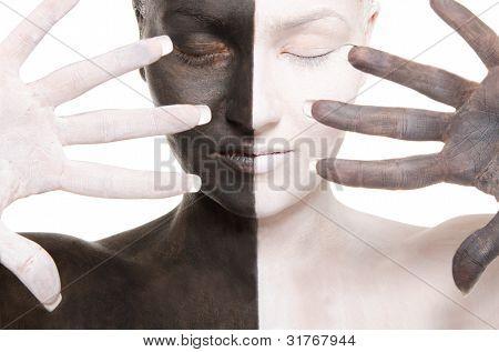 Portrait of Woman in schwarz und weiß bilden