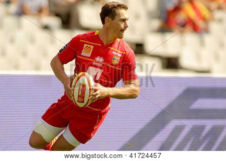 BARCELONA - SEPT, 15: Gavin Hume of USAP Perpignan in action during the French rugby union league match USAP Perpignan vs Stade Toulousain at the Stadium in Barcelona, on September 15, 2012