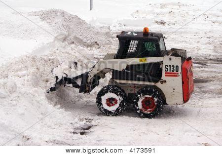 Small Snowtractor
