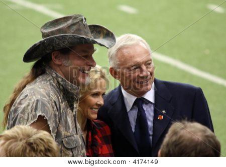 Vaqueiros Ted Nugent Jerry Jones