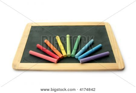 Blackboard und Kreide in rainbow
