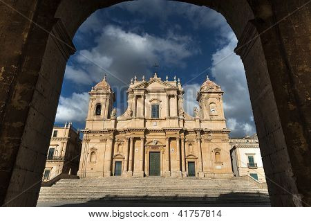 s. nicola baroque church in noto