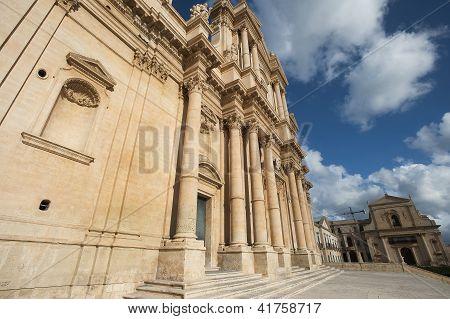 s. nicola baroque church in noto