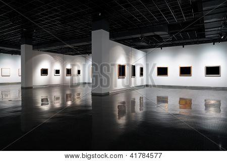 empty gallery in art museum