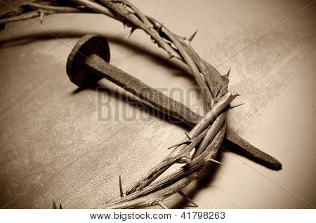 closeup of a representation of the Jesus Christ crown of thorns and nail