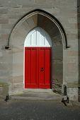 Постер, плакат: Церковные красная дверь