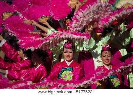 Korean dancers participate at 40th LA Korean Festival