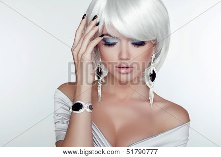 Fashion Beauty Girl. Woman Portrait With White Short Hair. Jewelry. Haircut And Makeup. Hairstyle. M