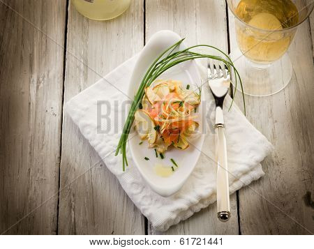 salmon carpaccio with slice ovum mushroom salad