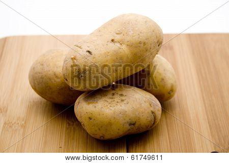 Fresh Brown Potatoes