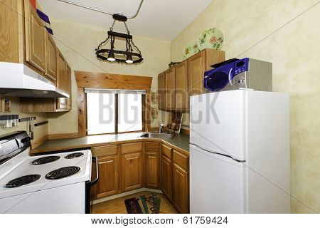 Small Simple Kitchen Room