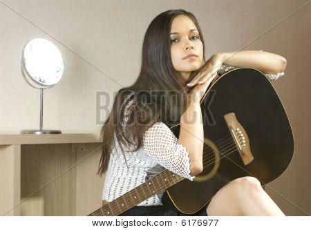 Lady und Gitarre