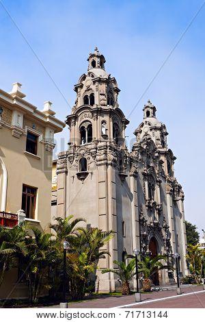 Virgen Milagrosa Church