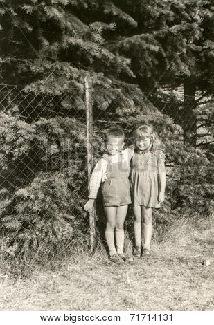 POLAND, CIRCA FIFTIES - Vintage photo of children