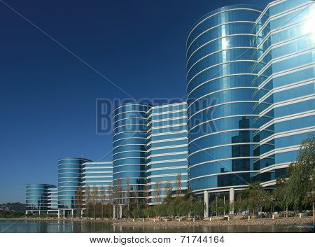 Redwood City, Ca, Usa - Sept 24, 2008: The Oracle Headquarters Located In Redwood City, Ca, Usa On S