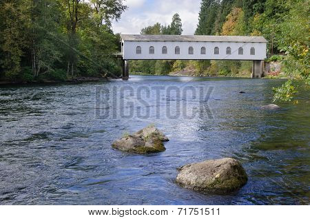 Goodpasture Bridge On Mckenzie River