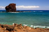 picture of sweethearts  - Sweetheart rock on the island Lanai in Hawaii - JPG