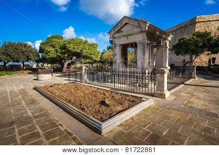 Lord Hastings Monument In Valletta, Malta