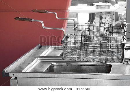 Restaurant fryer