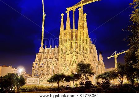 BARCELONA, SPAIN - SEPTEMBER 02: Sagrada Familia,beautiful and majestic  outdoor  view .
