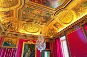 picture of chateau  - VERSAILLES FRANCE  - JPG