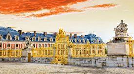 image of versaille  - Main entrance of Versailles Palace Versailles France  - JPG