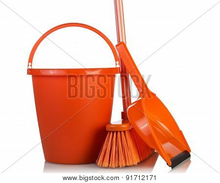 Cleaning tools and bucket