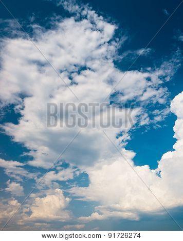 Spectacular Cloudscape Divine Blue