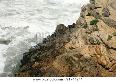 rocks and waves 4