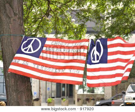 Friedensmarkierungsfahnen
