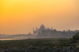 image of mumtaj  - Taj Mahal in the morning mist Agra India - JPG