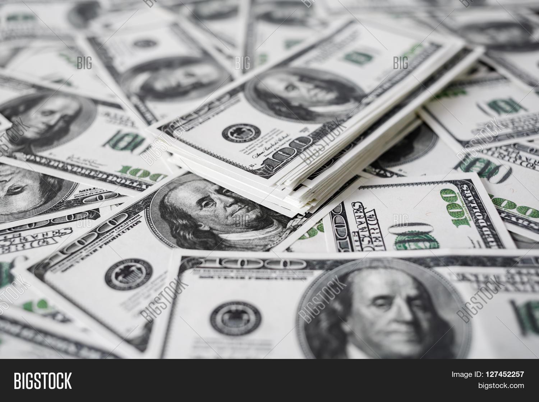 Stack Of Money 100 Dollars Bill : A stack of money heap one hundred dollar bills on