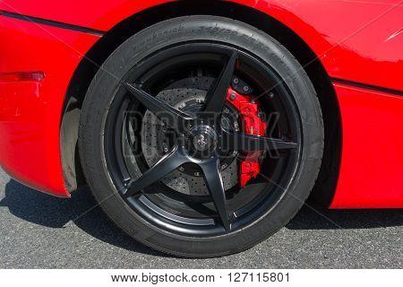 Ferrari Laferrari Wheel Details