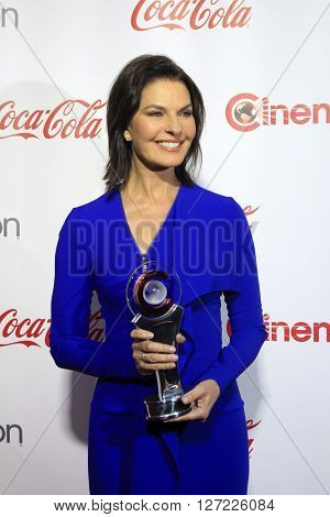 LAS VEGAS - APR 14:  Sela Ward at the CinemaCon Awards Gala at the Caesars Palace on April 14, 2016 in Las Vegas, CA