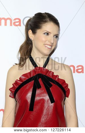 LAS VEGAS - APR 14:  Anna Kendrick at the CinemaCon Awards Gala at the Caesars Palace on April 14, 2016 in Las Vegas, CA