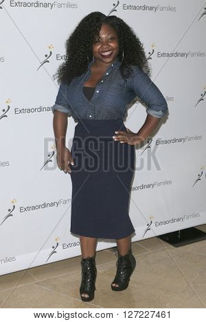 LAS VEGAS - APR 20:  Shari Walker at the Extraordinary Families Gala at the Beverly Hilton Hotel on April 20, 2016 in Beverly Hills, CA