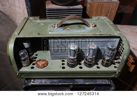 Vintage tube Valve Amplifier. very old.  retro