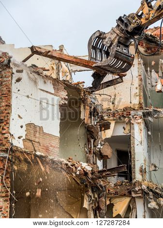 demolition house. space for new housing.