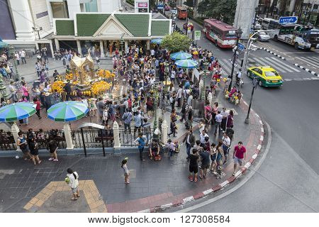 BANGKOKTHAILAND - jan 23 : Unidentified crowd in Erawan shrine at Ratchaprasong Junction on january 23 2016 Thailand.