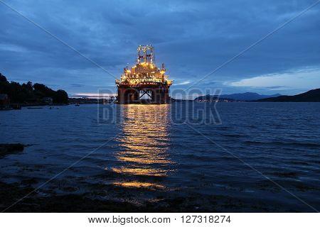 Oil Platform Construction