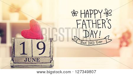 19 June Happy Fathers Day Message With Calendar