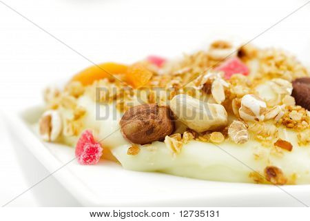 Muesli With Pudding