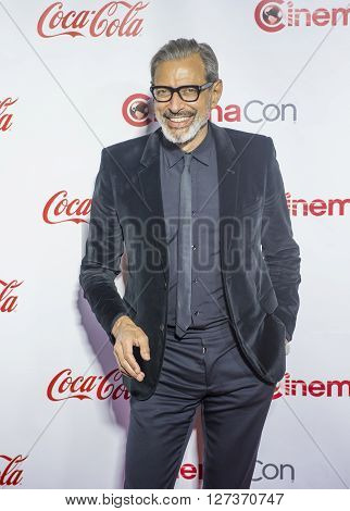 LAS VEGAS - APRIL 14 : Actor Jeff Goldblum attends the CinemaCon Big Screen Achievement Awards at The Caesars Palace on April 14 2016 in Las Vegas