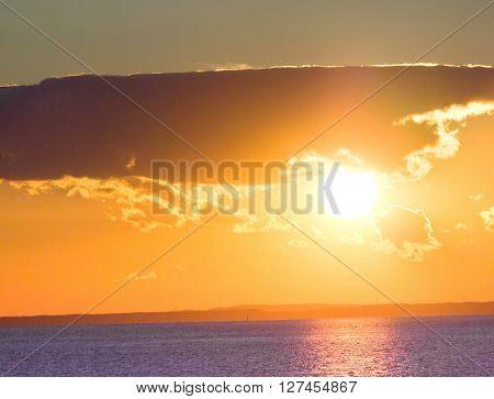 Day Starts Large Sun