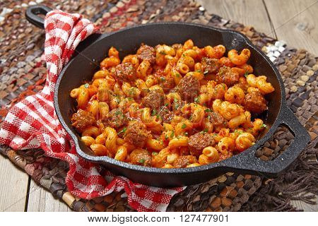 Pasta with italian sausage and tomato sauce