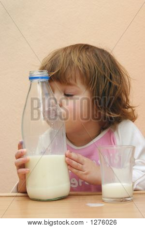 Kids Should Drink Milk