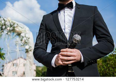 Speaker on the weeding ceremony. Wedding day