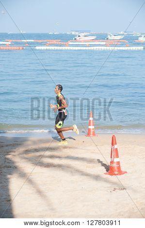 CHONBURI, THAILAND-OCTOBER 17, 2015 : Unidentified triathlon competition in Pattaya Triathlon ,Thailand Tri-League Tour Series 2015 on Pattaya beach, Chonburi Province in Eastern of Thailand.
