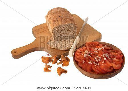 Granary Bread With Tomato Salad